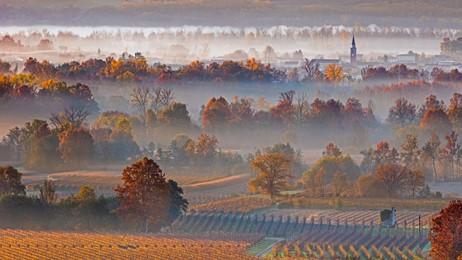 霧に沈む丘陵地帯 thumbnail